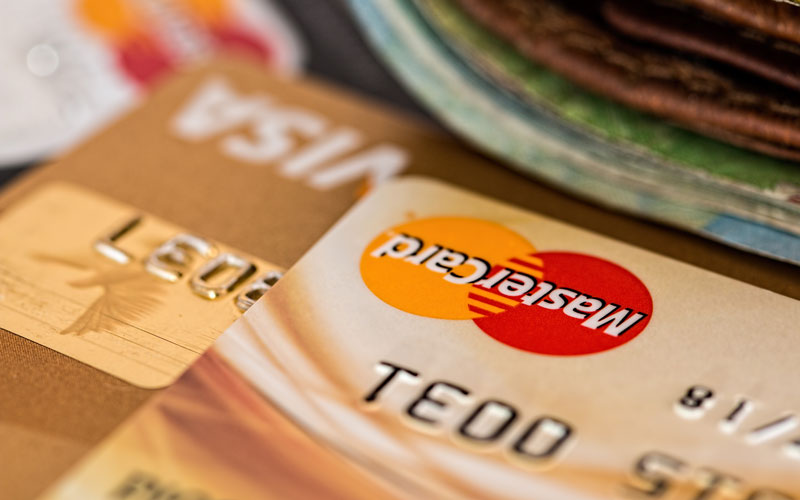Maxed Out: How Many Credit Cards Should You Have? - Exelby & Partners Ltd.